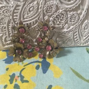 Stunning Vintage Flower Clip On Earrings